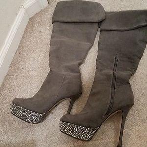 Knee high Platform Boots